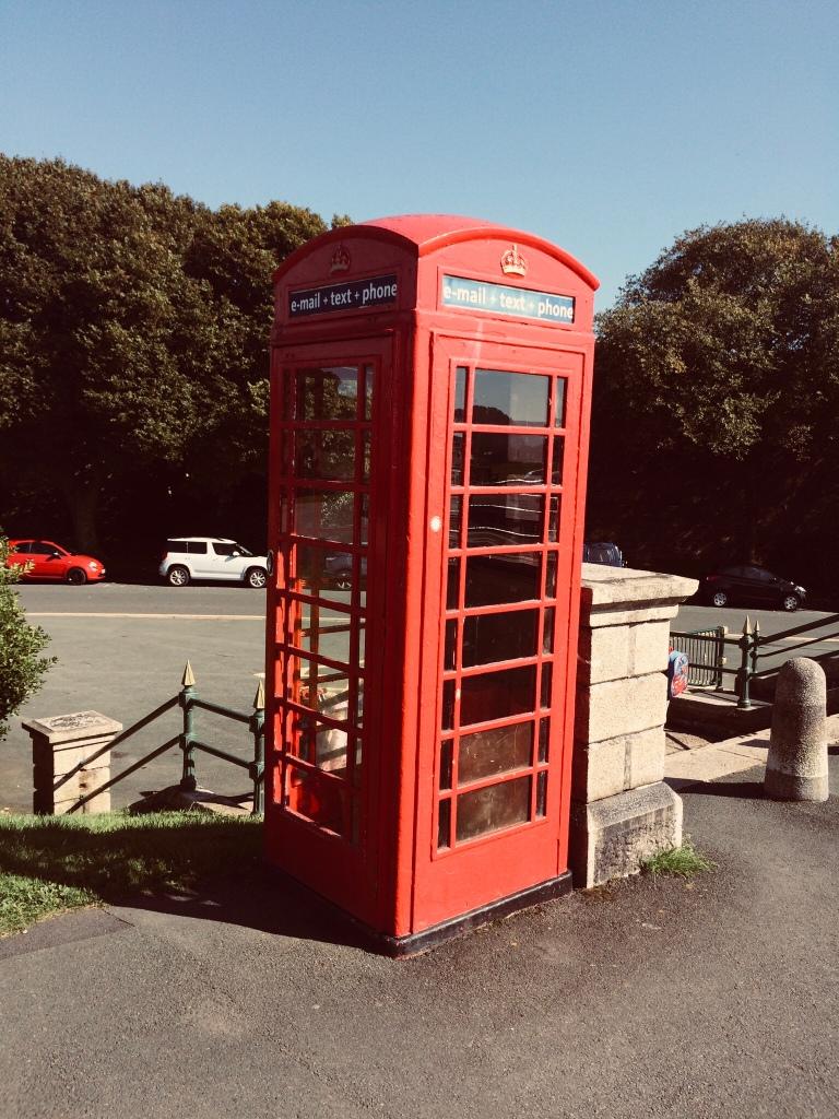 Cabine téléphonique anglaise-Le goût du bonheur